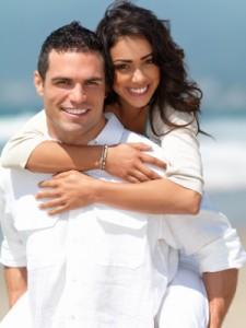 Beach-couple-225x300